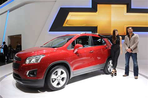 chevrolet trax paris  photo gallery autoblog