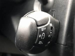 Peugeot 208 1 2 Puretech Active 3dr Petrol De 2015 Sur