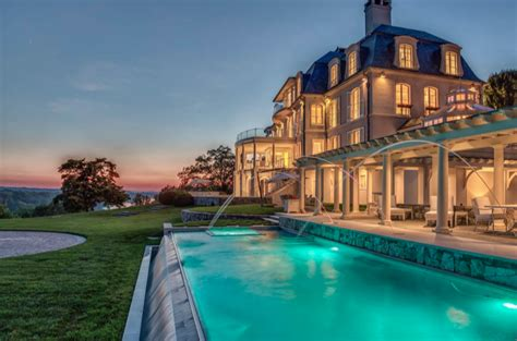 billionaire  snyders  million riverfront estate