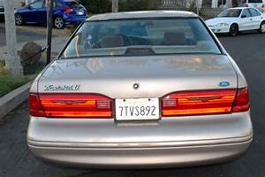 1996 Ford Thunderbird - Overview