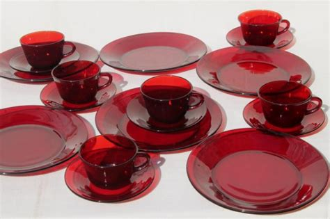 colored glass dinnerware sets dinnerware colored glass dinnerware sets red colored glass dinner set colored clear glass