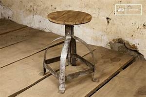Tabouret Style Industriel : tabouret industriel lateque un pi tement tr s brut pib ~ Teatrodelosmanantiales.com Idées de Décoration