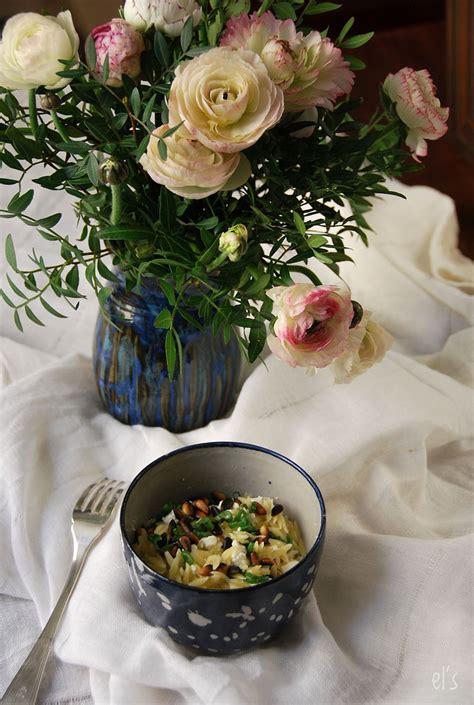 salade de p 226 tes 224 la feta et aux pignons recette