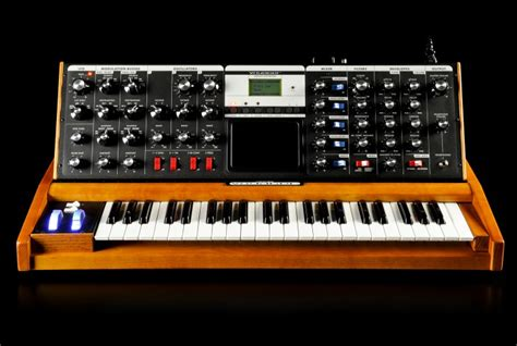 Minimoog Voyager Performer Edition | Moog Music Inc
