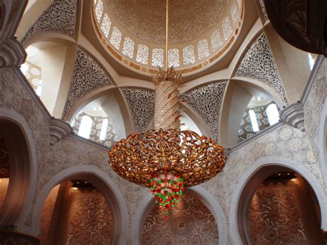 sheikh zayed mosque chandelier www imgkid the