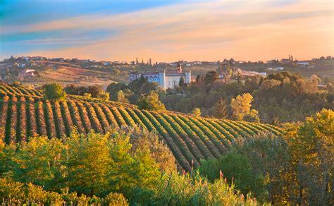 italian landscape pictures italy travel for women hiking tour italian cuisine art wines