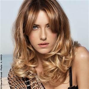 Coupe Longue Femme : coiffure coupe longue ondul e femme cheveux longs sur ~ Dallasstarsshop.com Idées de Décoration