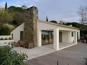 propriete l mediterraneen terrasse en bois With eclairage exterieur maison contemporaine 7 photo interieur maison provencale