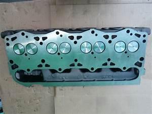I  H Cylinder Head 7 3 Liter 1994