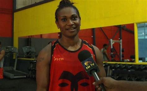 raphaela kaore  boxing emtv