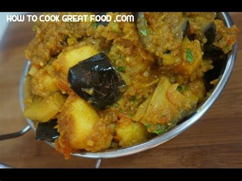 brinjal aloo recipe indian eggplant potato curry vegan