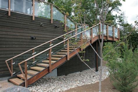 idee deco escalier exterieur
