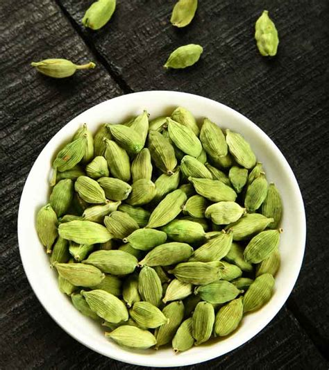 24 Amazing Benefits Of Cardamom For Skin, Hair, And Health