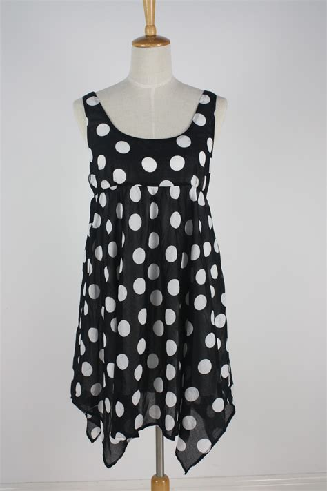dressy dresses  women  dress shop