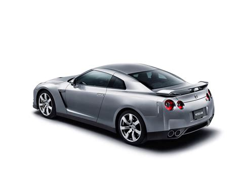 nissan  gtr specifications images information