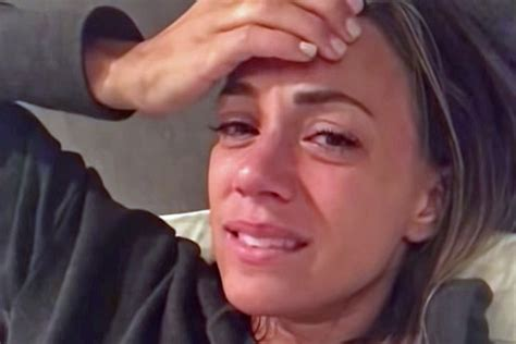 jana kramer cries   recounts painful pregnancy journey
