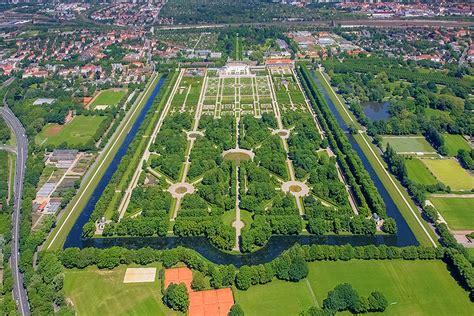 Herrenhäuser Gärten Hannover  Bilder Schloss Herrenhausen