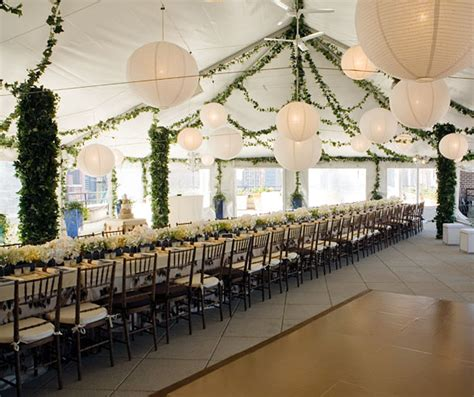deversdesign how to decorate a wedding tent
