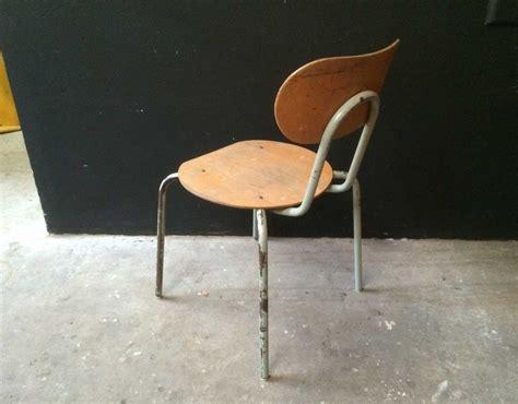 cocktail scandinave chaise chaise jacobsen affordable chaise jacobsen with chaise jacobsen amazing lot de chaises