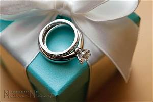 wedding photography tips for detail shots of the wedding With best macro lens for wedding rings