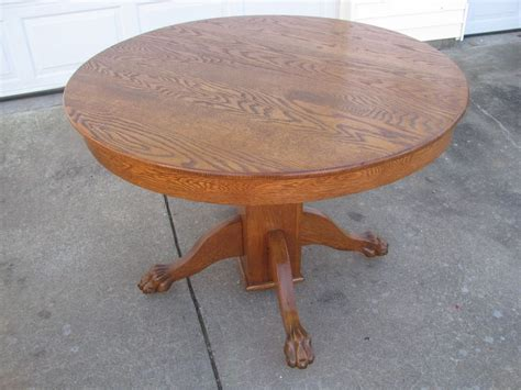 Antique Round White Oak Claw Foot Dining / Kitchen Table