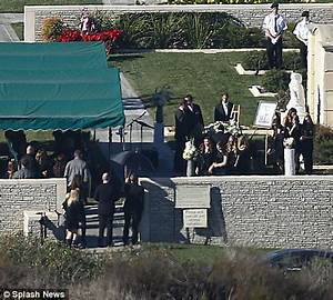 The gallery for --> Liberace Funeral Service