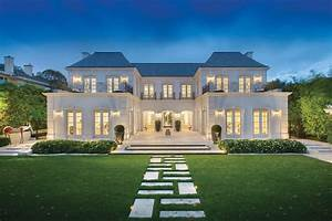 Classical-Luxury-Mansion-Melbourne 1