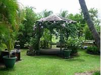 perfect tropical patio decor ideas 5 Easy Ways to Create a Relaxing Garden Getaway ...