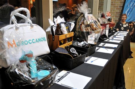 pay to bid auction arts supporters pay respect at pmac gala tri city news