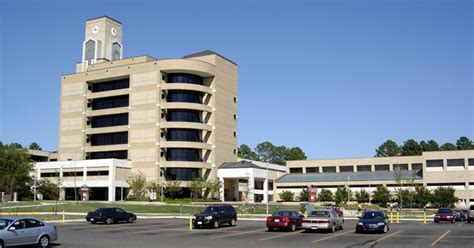 File:Dean B. Ellis Library and College of Communications ...