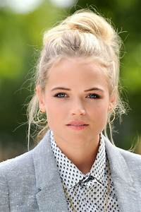 Gabriella Wilde Photos Photos - Harry Styles at the LFW ...