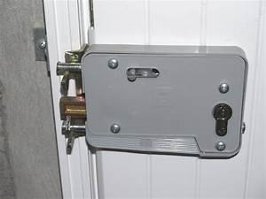 serrure porte garage avec les meilleures collections d39images With porte de garage sectionnelle avec fichet serrure