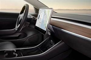 Tesla Model 3 Date De Sortie : officiel les prix de la tesla model 3 sont connus et ils sont abordables tinynews ~ Medecine-chirurgie-esthetiques.com Avis de Voitures