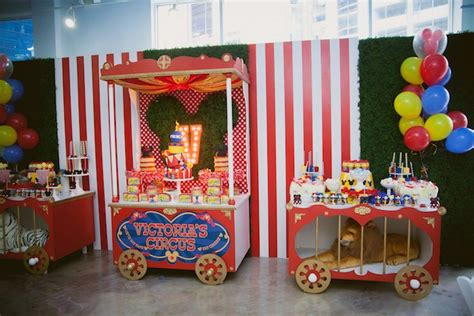 karas party ideas circus train tables   mickey