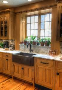 oak cabinets kitchen ideas ideas for how to update the look of a kitchen with oak cabinets decor and accessories on