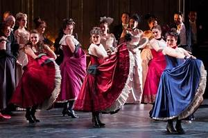 Review: La Traviata by the Welsh National Opera at ...