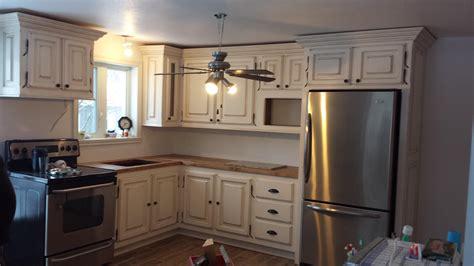 le輟n de cuisine armoire de cuisine n 1046 le géant antique
