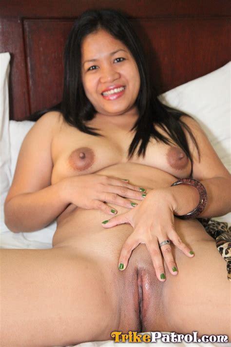 horny filipina housewife cheats