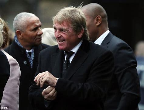 Rooney and Allardyce arrive for Freddy Shepherd's funeral ...