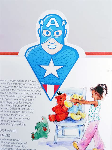 diy superhero bookmarks  gulin