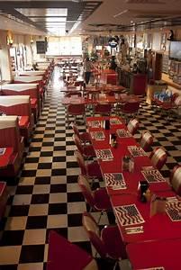 American Diner Einrichtung : die besten 25 50s diner k che ideen auf pinterest 50er jahre stil k chen 50er k che und 50er ~ Sanjose-hotels-ca.com Haus und Dekorationen