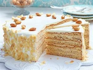 Buttercreme Dr Oetker : the 25 best ideas about buttercreme f r torte on pinterest f llung f r torten buttercreme ~ Yasmunasinghe.com Haus und Dekorationen
