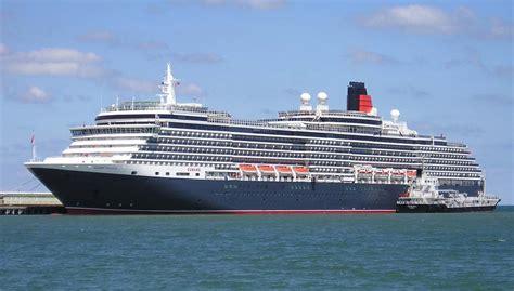 Queen Victoria Cruise Ship April 2011 Bermuda Visit