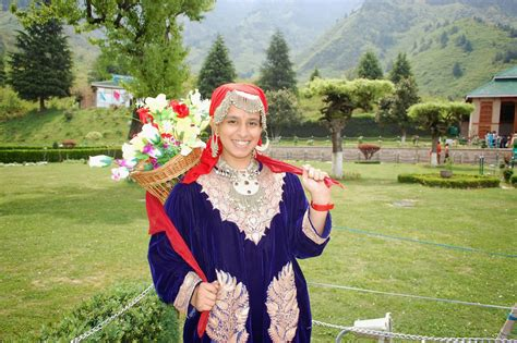 Top 18 Things You Should Do In Kashmir  Dial Kashmir. China Hutch In Living Room. Pottery Barn Living Room Ideas. Upholstered Living Room Chair. Living Room Accent Chairs. Pottery Barn Living Rooms. Living Room Standing Lamps. Living Room Furniture Ashley. Red Leather Living Room Furniture