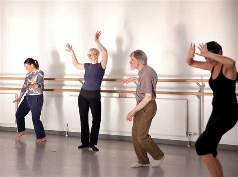 biodanza people dancing - BA