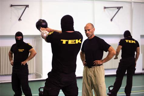 pavel tsatsouline kettlebell tim training ferriss swings strength tek workout hip hungary physical experience exercise science fitness hungarian swing forces