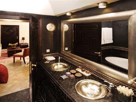 la salle de bain marocaine l exotisme incarn 233 d 233 cor salon marocain
