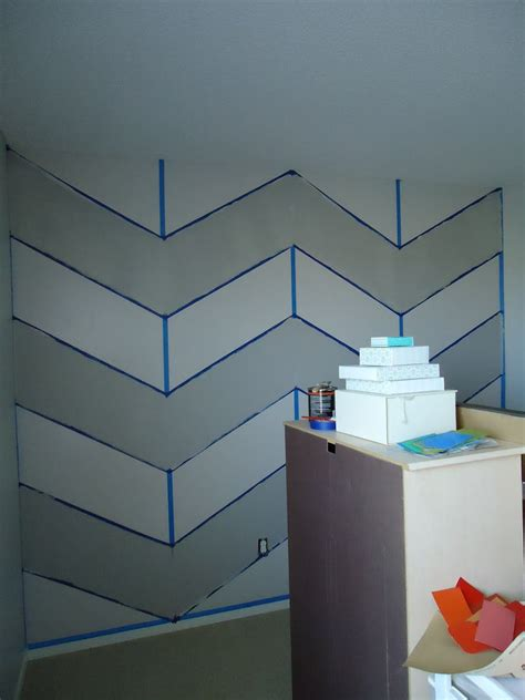 Bedroom Paint Ideas Chevron by Diy Cheveron Stripe For Wall Diy Build Paint Home