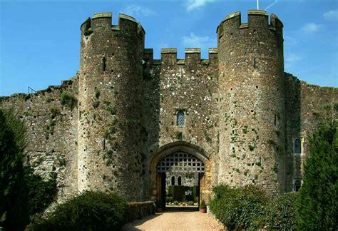 Best Castle Hotels in England - Historic European Castles