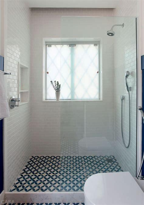 des sols originaux pour la salle de bain cocon de d 233 coration le